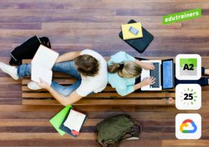 2 studenten werkend opcomputer bovenaanzicht